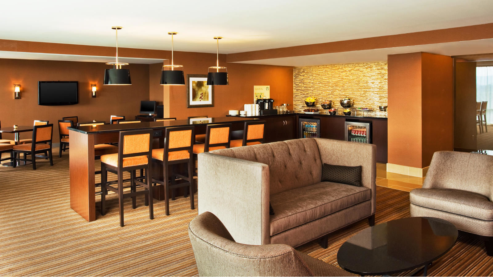 Club Lounge | Sheraton Valley Forge Hotel