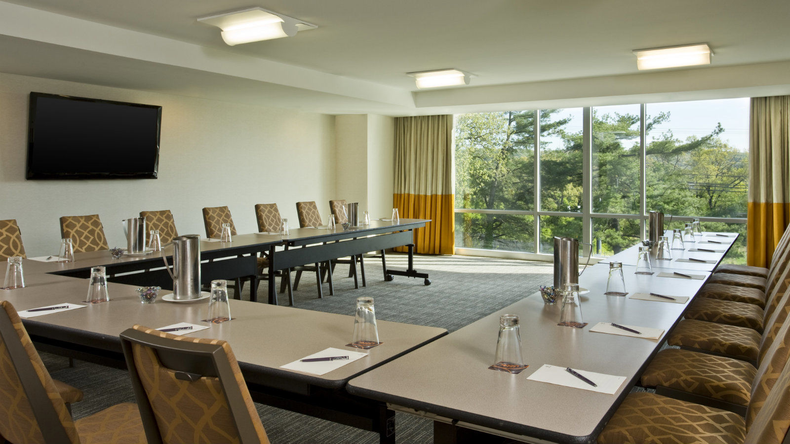 Sheraton Valley Forge Hotel | Frazier Meeting Room